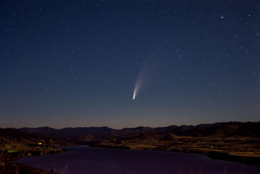 天空中最明亮、最罕見的彗星—NEOWISE