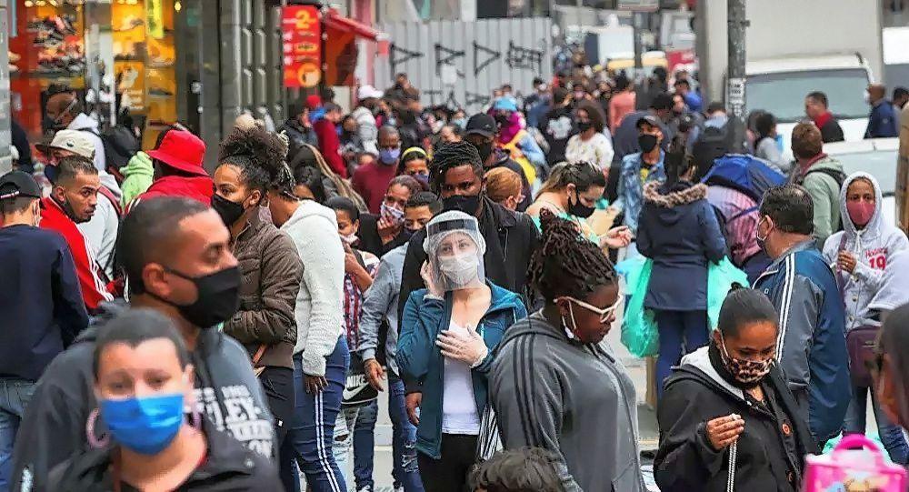 巴西累計新冠病毒感染病例超600萬例