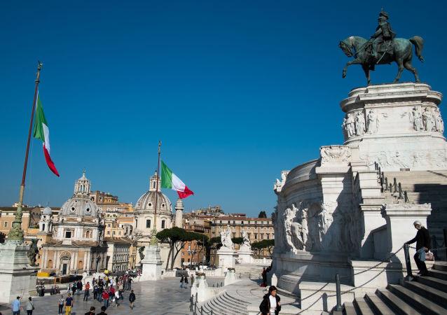 此前在意大利折斷卡諾瓦石膏像指頭的奧地利遊客願意支付維修費