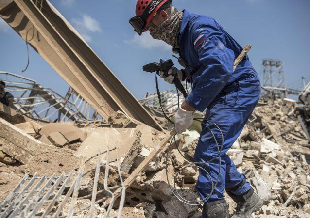 俄緊急情況部救援人在貝魯特