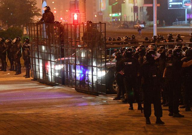 衛星通訊社白俄羅斯分社記者報道明斯克騷亂時被捕並遭到毆打