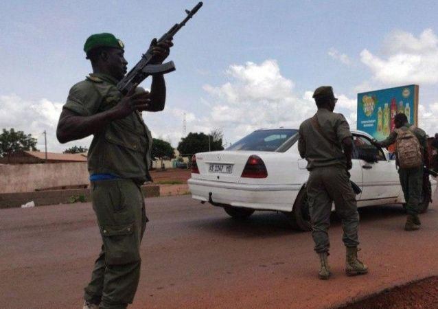 馬里政變領導人提議成立以軍人為首的過渡政府