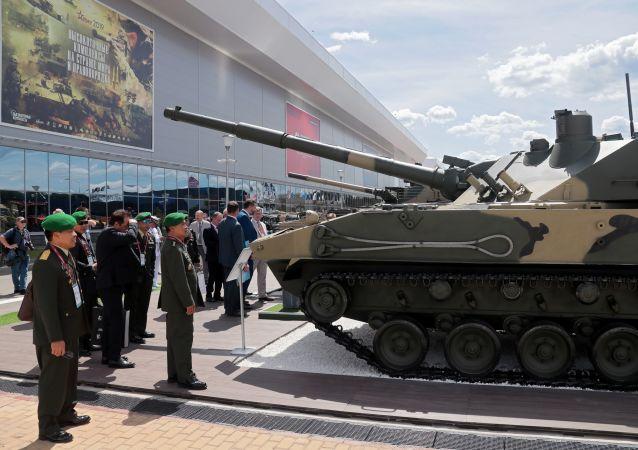 全球唯一兩棲輕型坦克「章魚-SDM1」將於2022年完成國家試驗