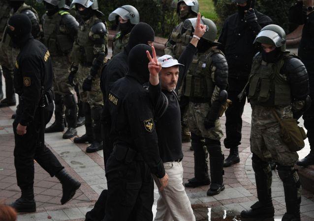 白俄內務部宣佈警方已逮捕125名示威者