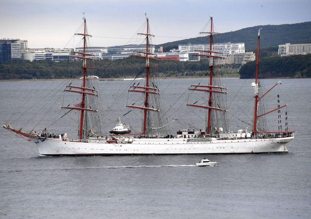 「謝多夫」號帆船