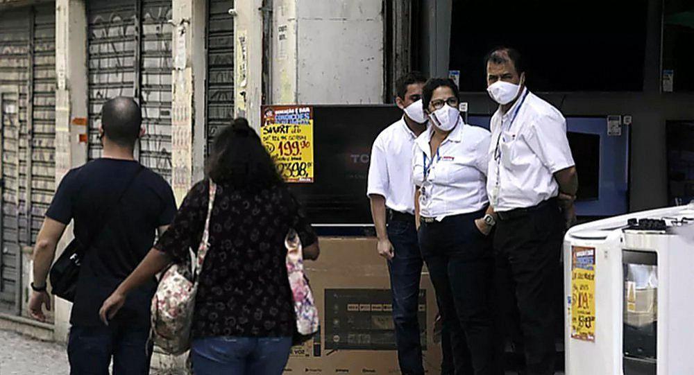 巴西新冠病毒死亡人數超13.5萬人