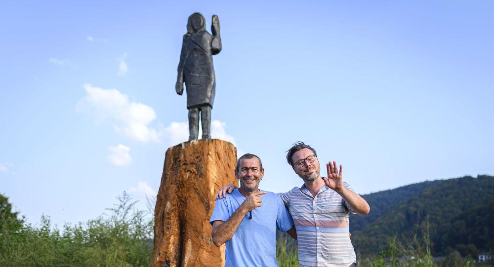 斯洛文尼亞在梅拉尼婭雕像燒毀處立起新雕像