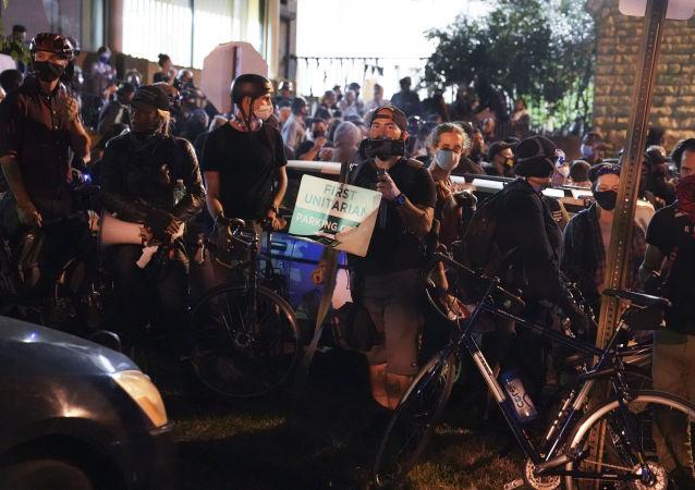 非裔女子布倫娜∙泰勒死亡案審判後爆發抗議活動