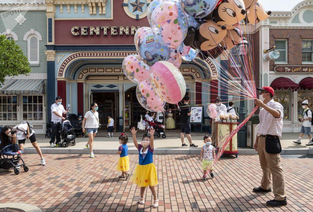 香港迪士尼樂園重新開放