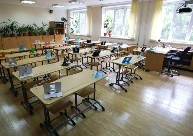 俄堪察加邊疆區因新冠疫情將延長中小學生秋季假期