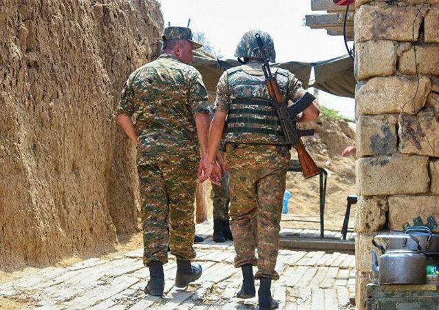 納卡地區軍方稱最近一天有25名軍人陣亡
