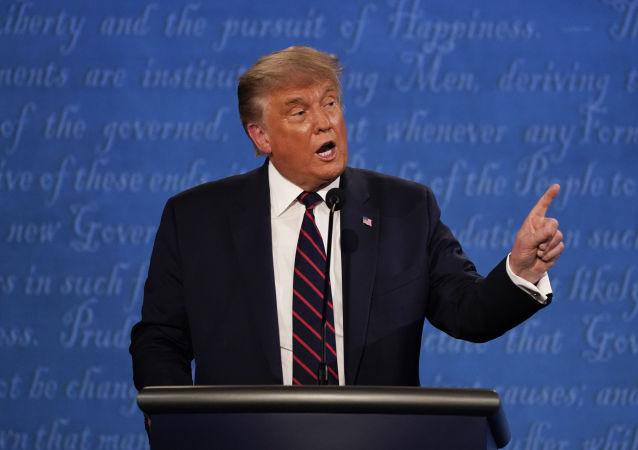美國總統特朗普稱新的大選辯論規則不公平