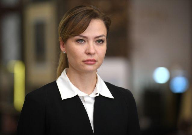 娜塔莉婭∙尼卡諾洛娃