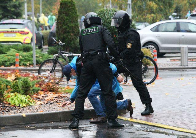 約20名抗議者在明斯克市中心未經批准的示威活動中被拘