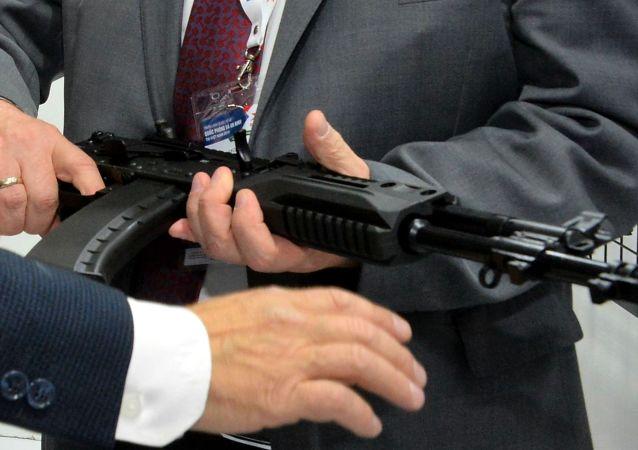 AK-203步槍