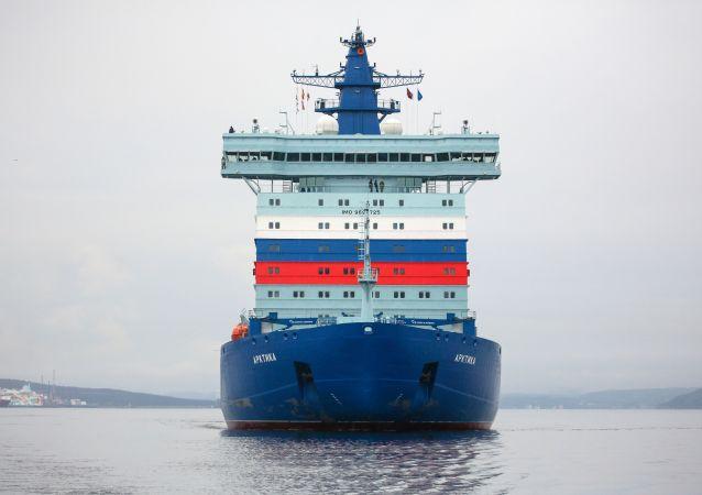 22220型破冰船首造船「北極」號