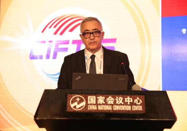 亞美尼亞駐華大使馬納薩良