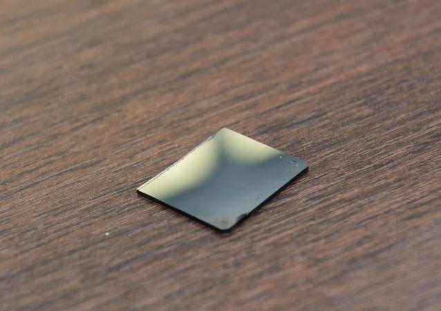 俄羅斯能夠違背冶金學規範改善金屬玻璃