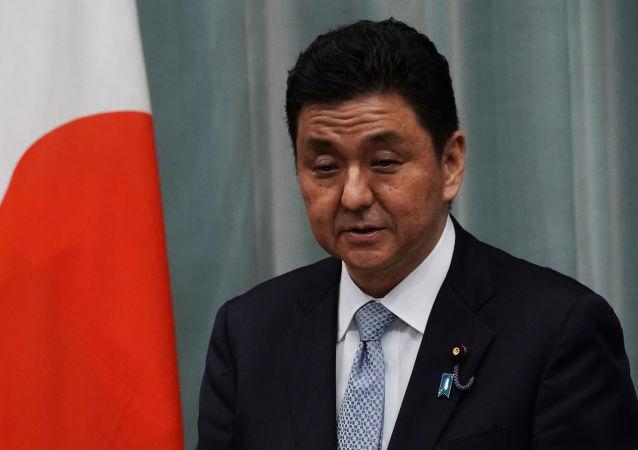 日本防衛大臣岸信夫