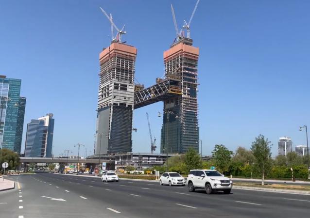 迪拜最長懸臂建築