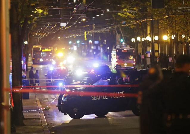 美國中學生將自制炸彈帶進教室發生爆炸 6人受傷