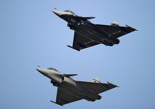 法國防長稱向埃及出售陣風戰鬥機對法國主權具有關鍵意義