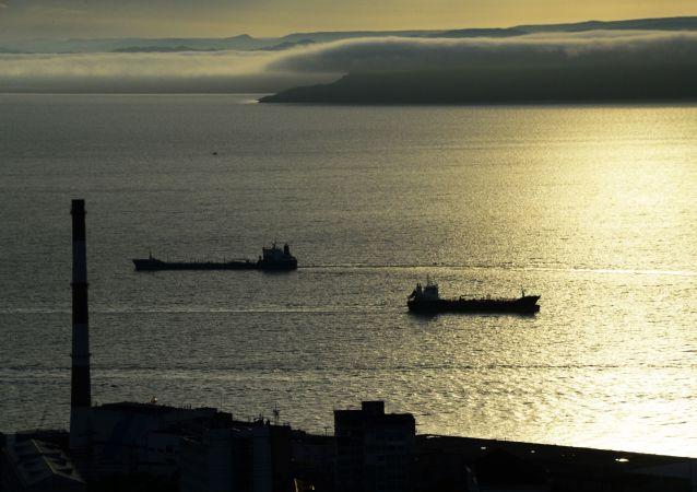 俄濱海邊疆區因氣旋受阻的海上客運恢復
