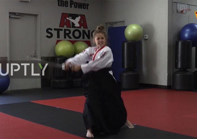 12歲女孩展示精湛武技
