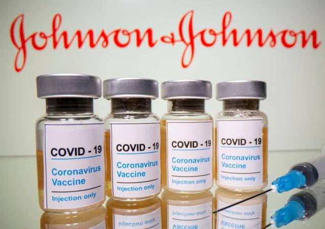 拜登承諾採取一切措施加快生產強生新冠疫苗