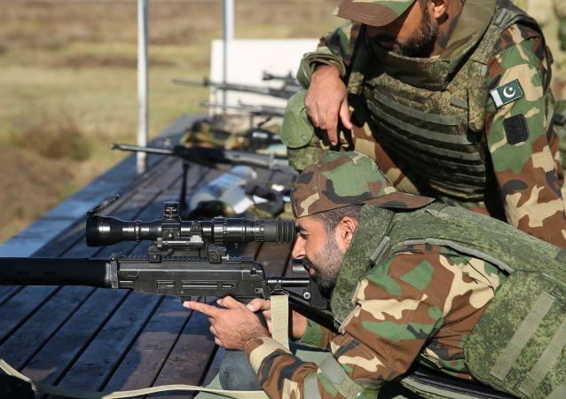 俄羅斯和巴基斯坦狙擊手在「友誼-2020」聯合軍演期間殲滅假想敵