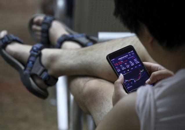 俄專家談用戶如何縮短智能手機壽命