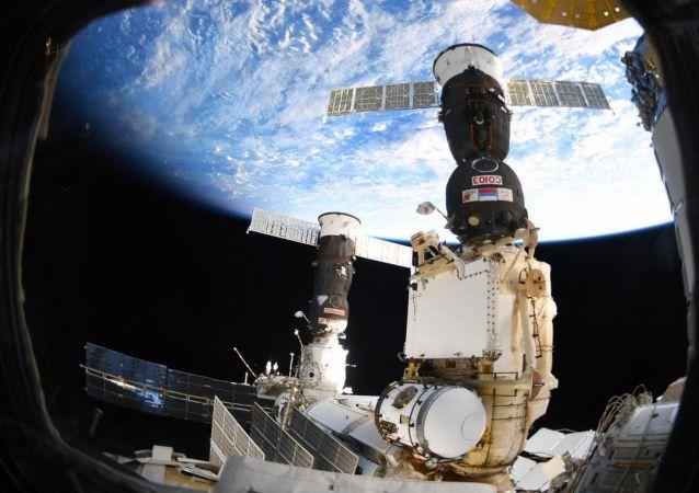 俄航天集團:國際空間站軌道將在新乘組人員抵達前提升360米