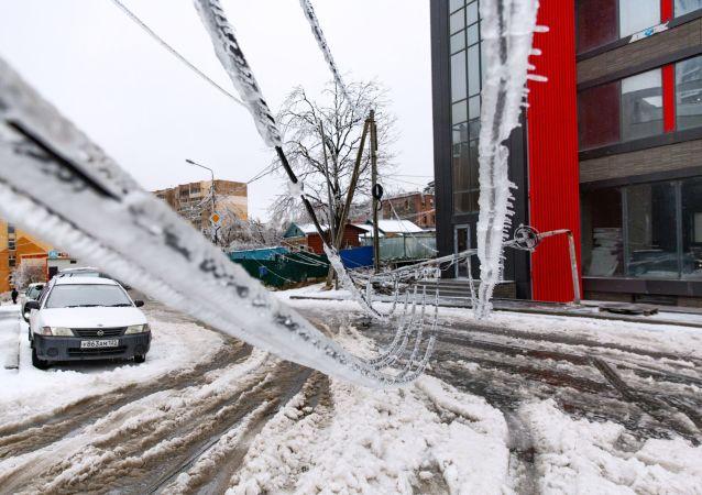 俄濱海邊疆區因惡劣天氣取消40多班次區域長途公交客運
