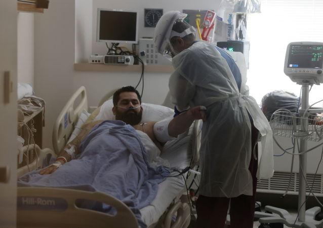 美國一COVID-19新冠患者在醫生「判死」後幸存下來
