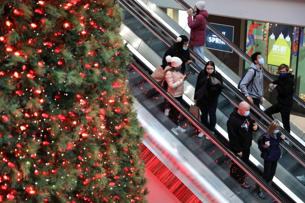 加拿大一座商業中心的聖誕樹