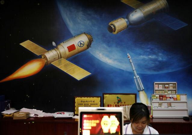 中國首條衛星智能生產線在武漢試運行