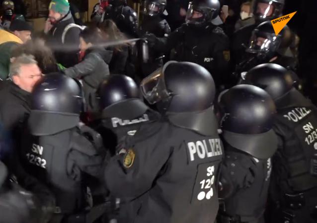 德國再次爆發反防疫措施抗議