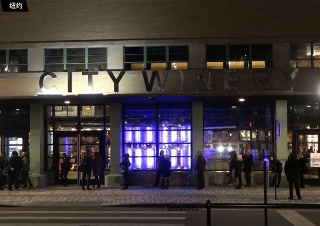 紐約一家餐館在門口設新冠快速檢測點