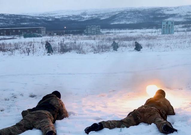 俄羅斯海軍進行偵察訓練