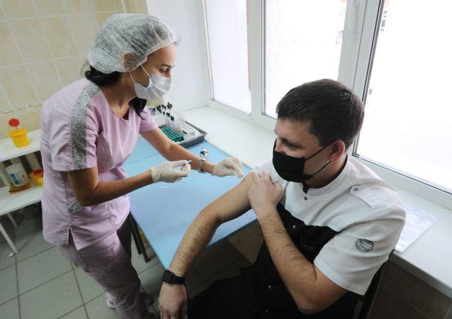 俄總理:超2400萬俄羅斯人已接種新冠疫苗