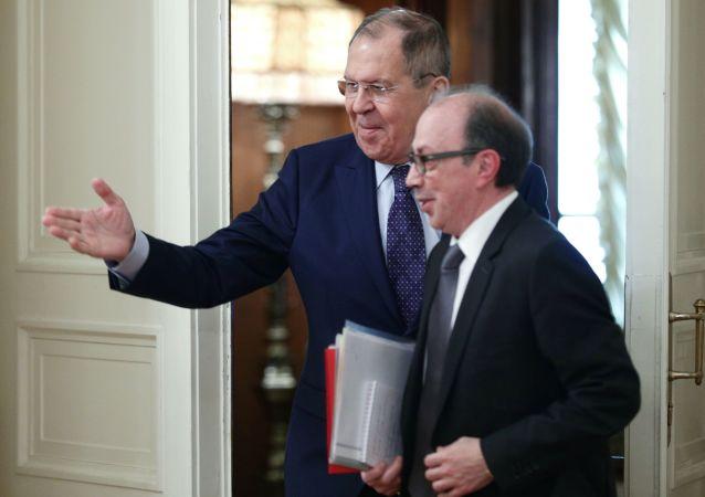 俄外交部:俄亞兩國外長討論納卡停戰協議的執行問題