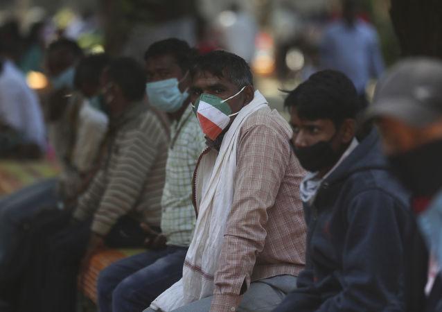 印度單日新增新冠病毒感染病例近9萬例