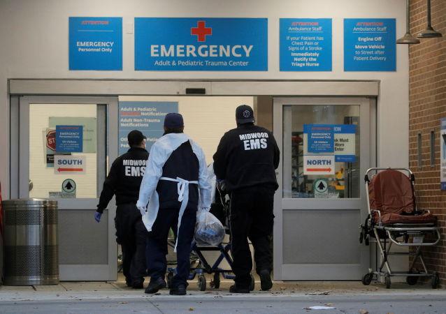 美國單日新增24.9萬新冠確診病例再次刷新記錄