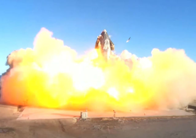 Spacex星際飛船Starship原型機試飛後墜毀