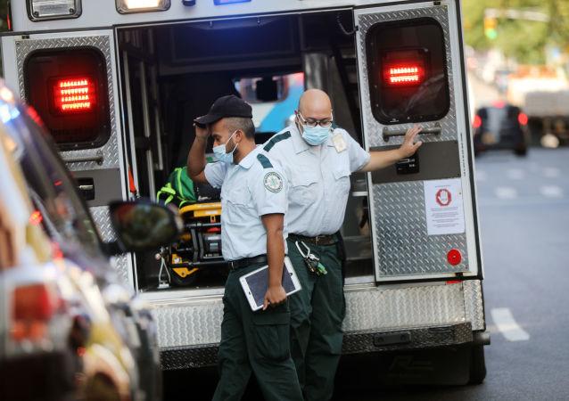 美疾控中心:美國過去24小時新增確診新冠病毒感染40萬例