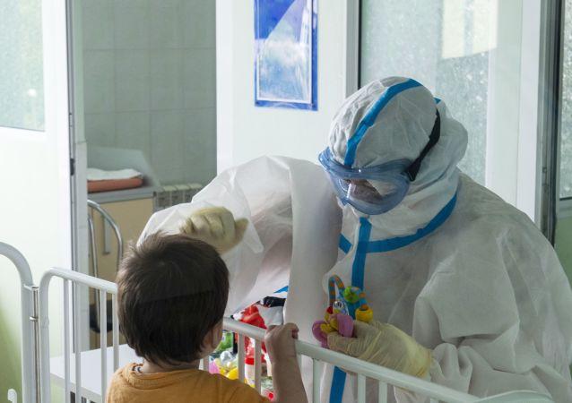 以色列醫生正研究新冠病毒突變與兒童發病率突升之間的關係