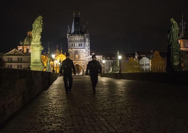 捷克公民2月25日起須佩戴FFP2類別口罩或兩層醫用口罩