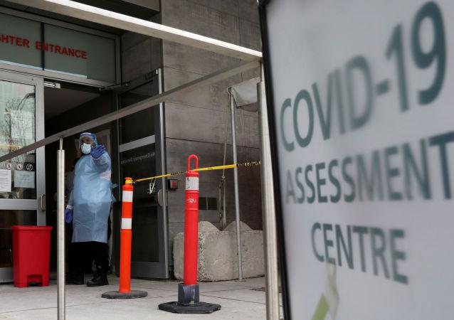 加拿大累計確診新冠病毒感染病例超過80萬例