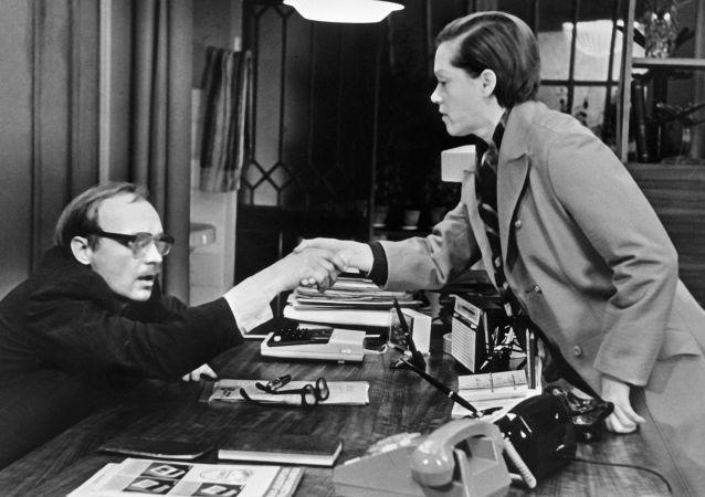 蘇聯影片《辦公室的故事》女主角扮演者阿利薩·弗賴因德利赫