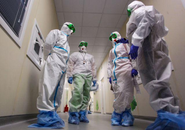 俄防疫指揮部:俄單日新增新冠病毒感染病例8275例 累計超454.5萬例